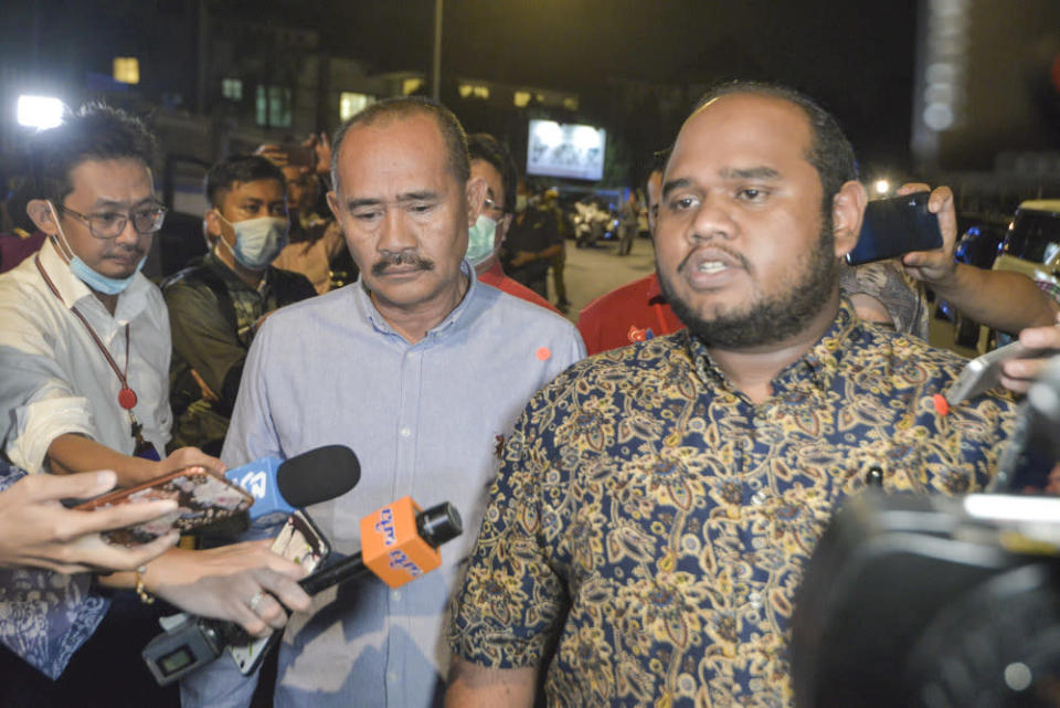 Ulya Aqamah Husamudin (right) speaks to the media after leaving a Bersatu meeting in Kuala Lumpur June 4, 2020. — Picture by Shafwan Zaidon