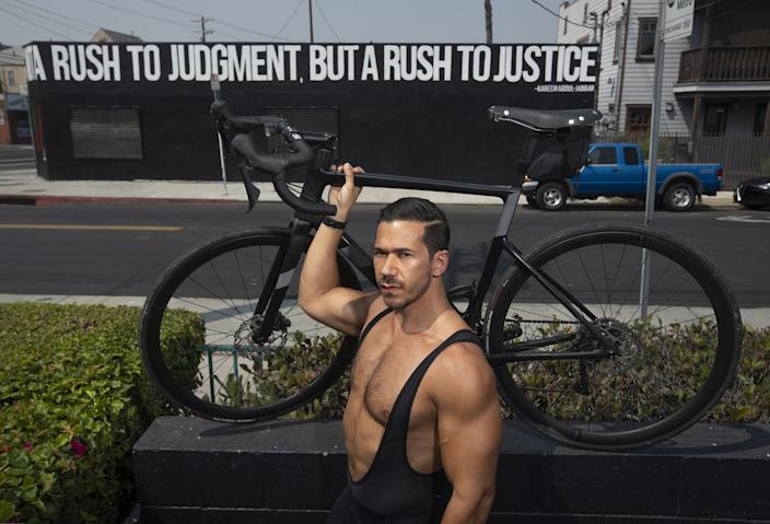 """Seth Gottesdiener plans to embark on a cross-country ride that will start in Los Angeles on Sunday and end in Washington on election day. <span class=""""copyright"""">(Mel Melcon / Los Angeles Times)</span>"""