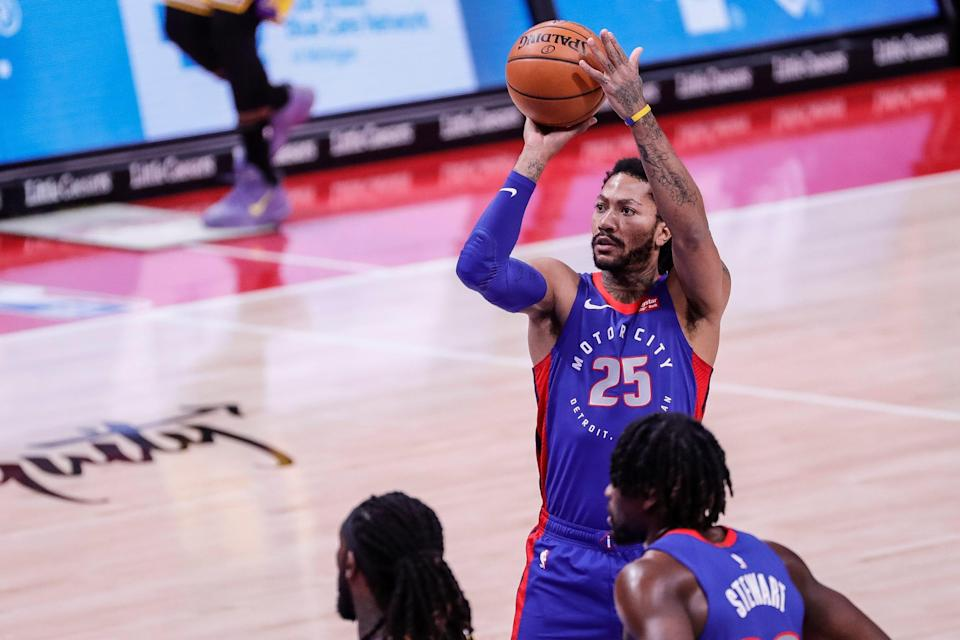 Detroit Pistons guard Derrick Rose attempts a free throw against Los Angeles Laker during the first half Thursday, Jan. 28, 2021, at Little Caesars Arena.