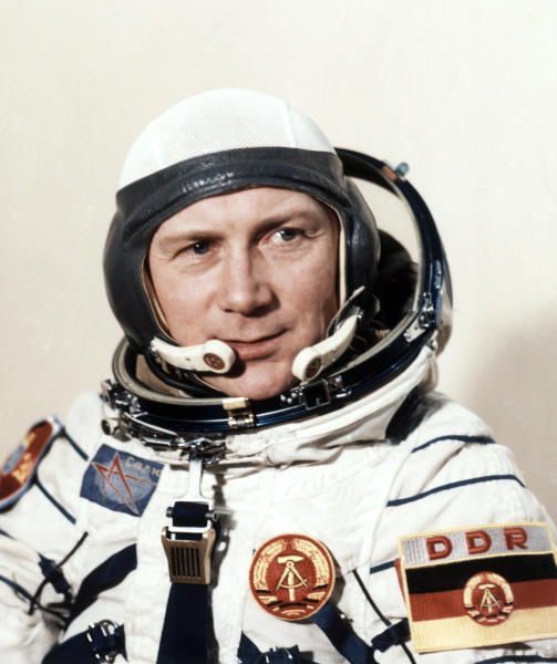 In this August 26, 1978, file photo, East German cosmonaut Sigmund Jaehn, first German astronaut, poses for a portrait at the Cosmodrome in Baikonur, Russia prior to his space trip aboard Soviet rocket Soyuz 31. Cosmonaut Sigmund Jaehn, who became the first German in space has died. He was 82. (AP Photo)