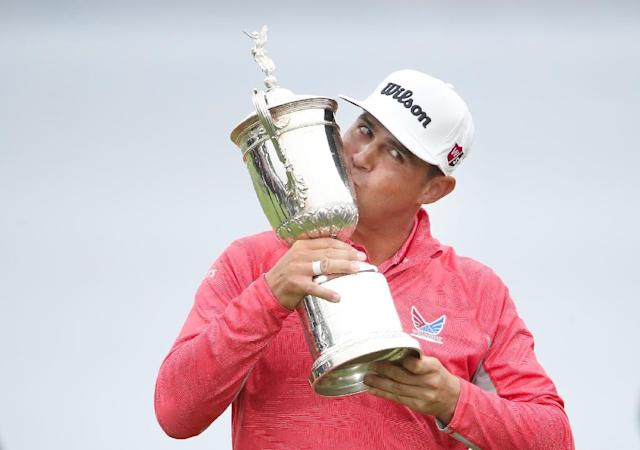 Gary Woodland poses with the trophy after winning the 2019 US Open at Pebble Beach Golf Links (AFP Photo/Christian Petersen)