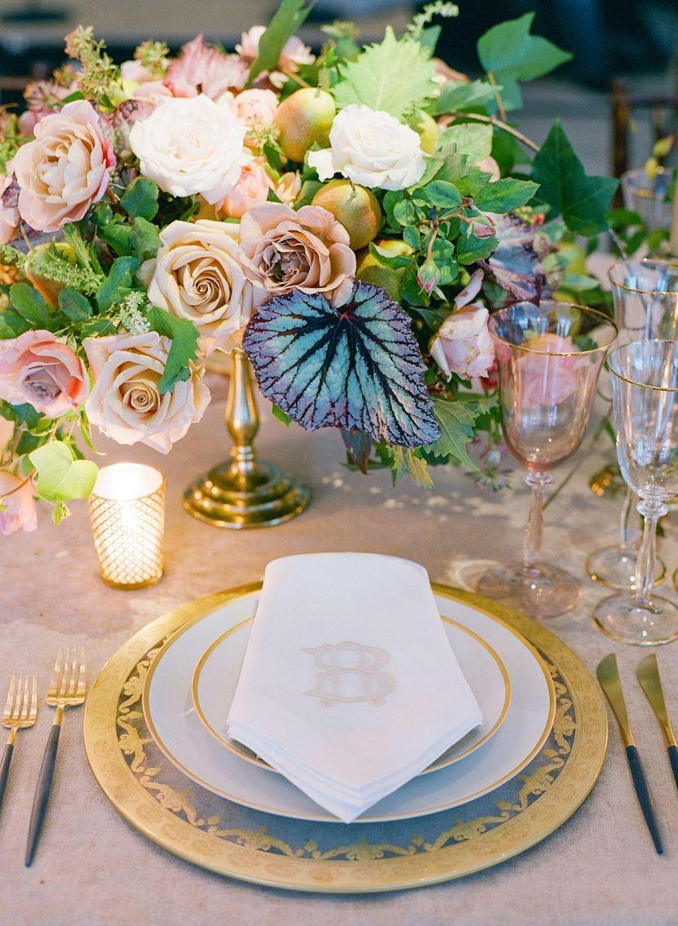 "<p>The subtlest hint of pink stemware plays nicely with blush linens and garden roses in this formal but unfussy tablescape. </p><p><a href=""https://www.harpersbazaar.com/wedding/photos/a23652644/rachel-king-brad-huff-wedding/"" rel=""nofollow noopener"" target=""_blank"" data-ylk=""slk:Via"" class=""link rapid-noclick-resp"">Via </a><em><a href=""https://www.harpersbazaar.com/wedding/photos/a23652644/rachel-king-brad-huff-wedding/"" rel=""nofollow noopener"" target=""_blank"" data-ylk=""slk:Harper's Bazaar"" class=""link rapid-noclick-resp"">Harper's Bazaar </a></em></p><p><a class=""link rapid-noclick-resp"" href=""https://go.redirectingat.com?id=74968X1596630&url=https%3A%2F%2Fwww.wayfair.com%2Fkitchen-tabletop%2Fpdp%2Fgodinger-silver-art-co-twill-6-oz-crystal-goblet-rxk10085.html%3Fpiid%3D35558046&sref=https%3A%2F%2Fwww.elledecor.com%2Flife-culture%2Ffun-at-home%2Fg2387%2Fvalentines-day-decor%2F"" rel=""nofollow noopener"" target=""_blank"" data-ylk=""slk:GET THE LOOK"">GET THE LOOK</a><em><br>Pink Crystal Goblet, Wayfair, $22.99</em></p>"