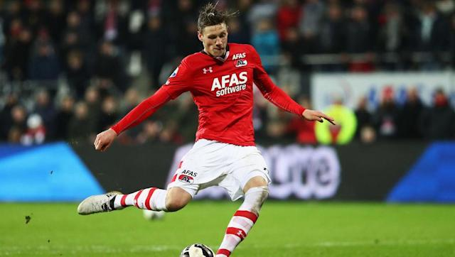 <p><strong>Appearances: 8</strong></p> <p><strong>Goals:8</strong></p> <br><p>AZ Alkmaar's Wout Weghorst has proven pivotal to his side's performances so far this season as he has netted over half of all their league goals so far this campaign. As well as displaying good form in the Eredivisie, Weghorst has been influential in the KNVB Beker, notching a brace in a 3-2 win over second tier side, MVV Maastricht.</p> <br><p>Since joining AZ in 2016, Weghorst has proven to be invaluable to the Alkmaar-Zaanstreek outfit, scoring 13 league goals in his debut season, and the 25-year-old Dutchman looks set to build upon that tally this season.</p>
