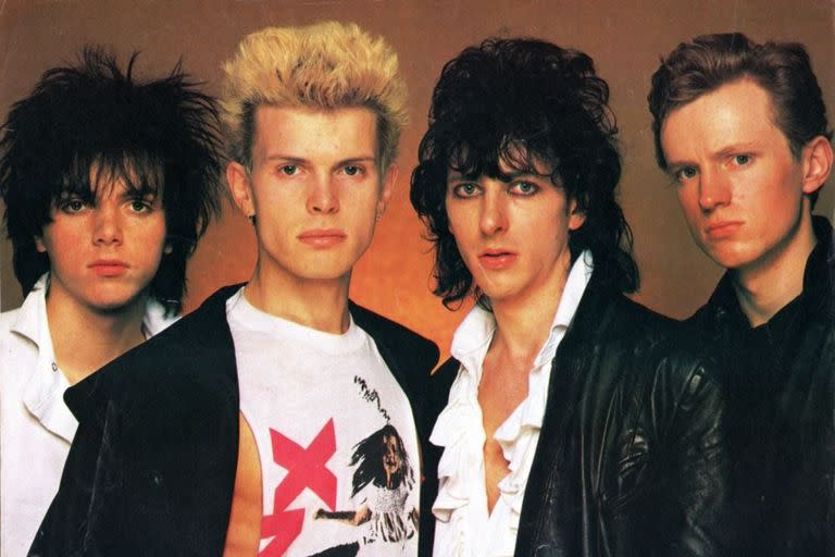 Generaci & # xf3; n X, one of the first Billy Idol bands
