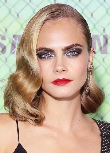3f2cebb9929 Everything You Want to Know About Cara Delevingne's Rock-Star Makeup at the  'Suicide Squad' Premiere