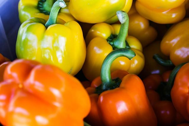 This pepper variety does not contain capsaicin, unlike its other feisty cousins. On the contrary, it is sweet and crunchy and contains the carotenoid lycopene which lowers the risk of cancer; beta-carotene which is converted to vitamin A and zeaxanthin, known to prevent macular degeneration and cataracts.