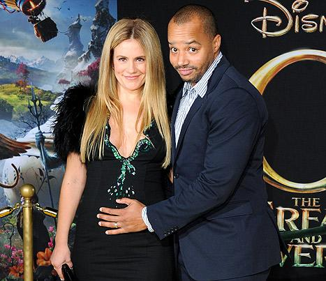"""CaCee Cobb Jokes: Husband Donald Faison Is """"Growing a Vagina"""" While I'm Pregnant"""