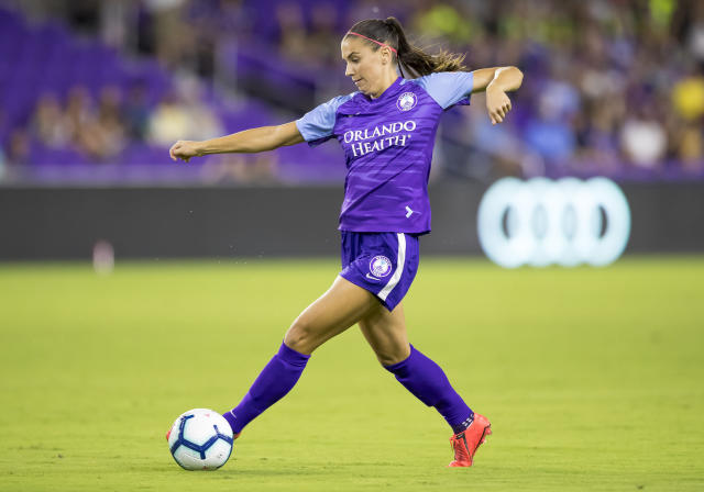 """Orlando Pride forward <a class=""""link rapid-noclick-resp"""" href=""""/ncaaf/players/292082/"""" data-ylk=""""slk:Alex Morgan"""">Alex Morgan</a> will miss the rest of the NWSL season due to a knee injury she's been battling since the World Cup this summer. (Andrew Bershaw/Getty Images)"""