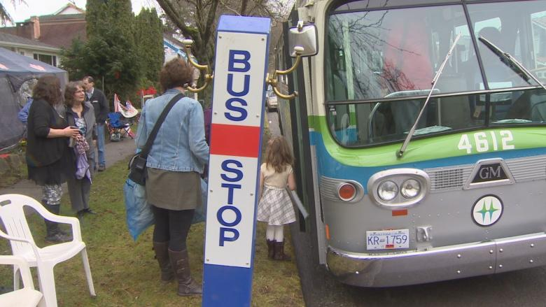 3 generations of Vancouver bus drivers toast great-grandfather's 100th in vintage bus