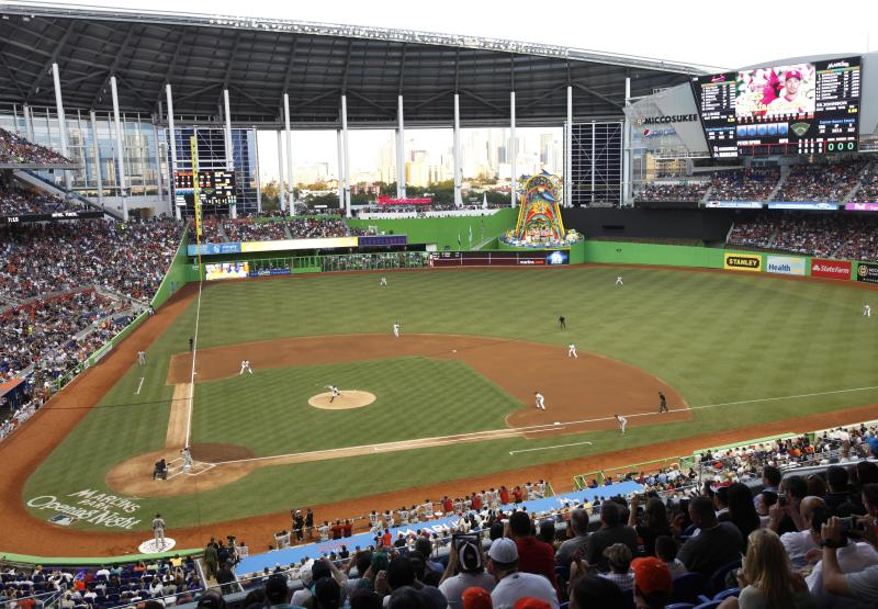 MLB ticket prices flat for 1st time in 2 decades