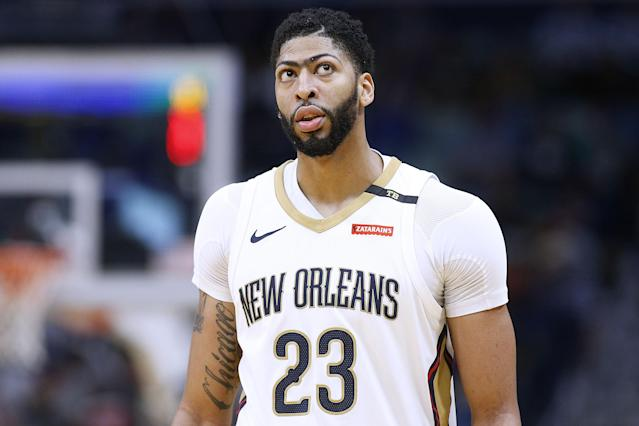 "Despite assurances from Rich Paul that <a class=""link rapid-noclick-resp"" href=""/nba/players/5007/"" data-ylk=""slk:Anthony Davis"">Anthony Davis</a> doesn't want to be in Boston, the <a class=""link rapid-noclick-resp"" href=""/nba/teams/boston/"" data-ylk=""slk:Celtics"">Celtics</a> reportedly maintain their pursuit. (Getty)"