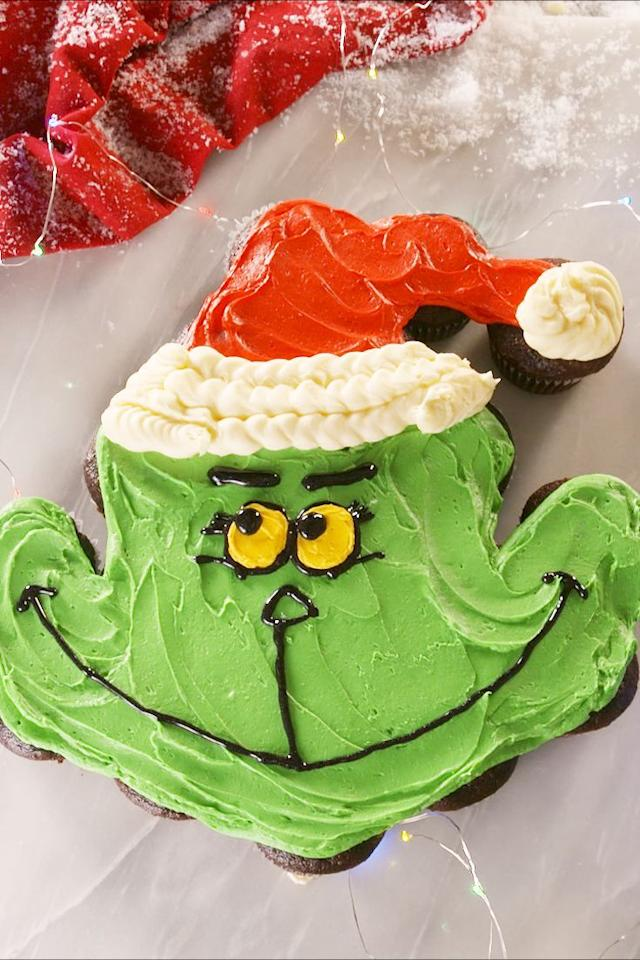 """<p>Wayyy easier to make than you think. </p><p>Get the recipe from <a href=""""https://www.delish.com/cooking/recipe-ideas/a24677813/grinchy-pull-apart-cupcakes-recipe/"""" target=""""_blank"""">Delish</a>. </p>"""