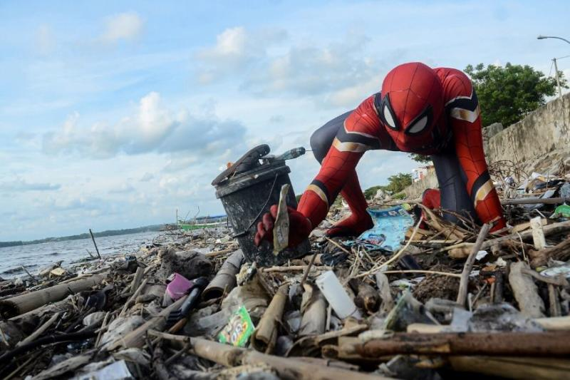 This Indonesian Spider-Man's Super Power is to Clean Trash & Get Others to do the Same