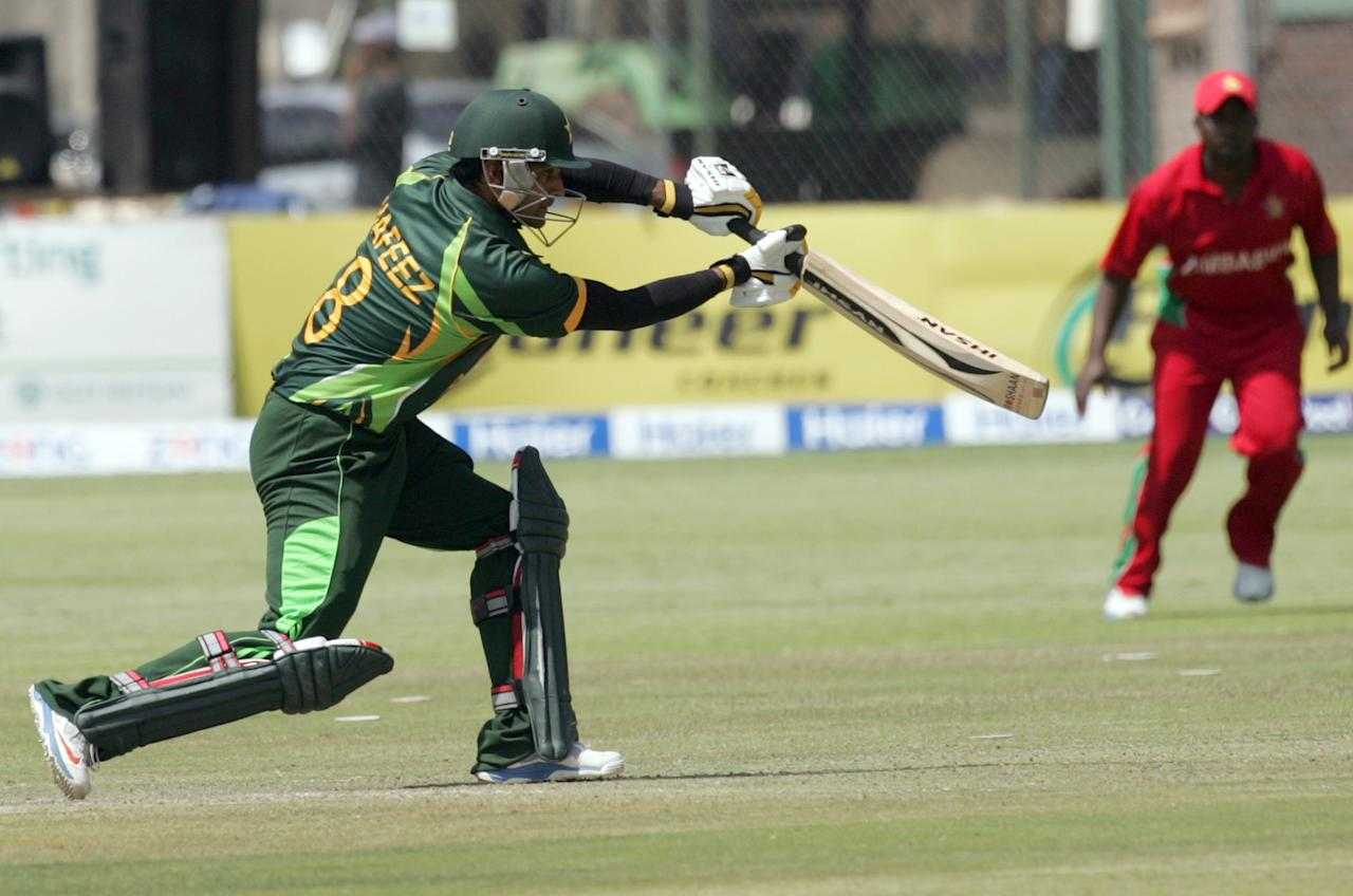 Pakistan batsman Nasir Jamshed bats during the 2nd game of the three match ODI cricket series between Pakistan and Zimbabwe at the Harare Sports Club on August 29, 2013. AFP PHOTO / JEKESAI NJIKIZANA        (Photo credit should read JEKESAI NJIKIZANA/AFP/Getty Images)