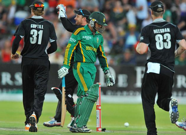 Quinton de Kock of South Africa dismissed for 25 runs during the 2nd One Day International match between South Africa and New Zealand at De Beers Diamond Oval on January 22, 2013 in Kimberley, South Africa. (Photo by Duif du Toit/Gallo Images/Getty Images)