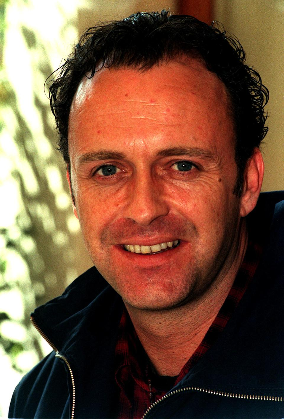 "PA NEWS PHOTO 7/4/98 ACTOR PAUL USHER FROM THE CHANNEL 4 TV SOAP ""BROOKSIDE"" AT A PHOTOCALL TO PROMOTE THE FIVE-NIGHT EASTER SPECIAL"