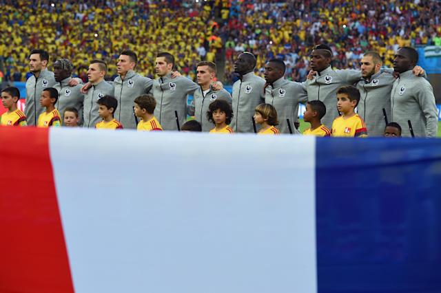 France leaves 2010 World Cup disappointment behind and looks toward round of 16