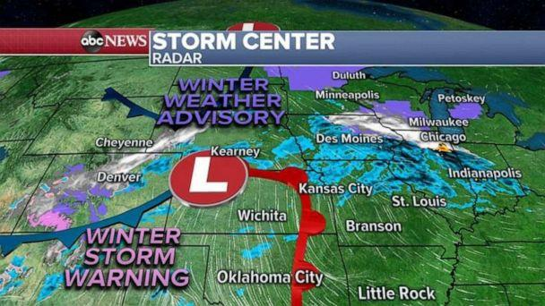 PHOTO: Winter Weather Advisories have been issued for parts of both regions, including large parts of Wisconsin, Michigan and Illinois.  (ABC News)