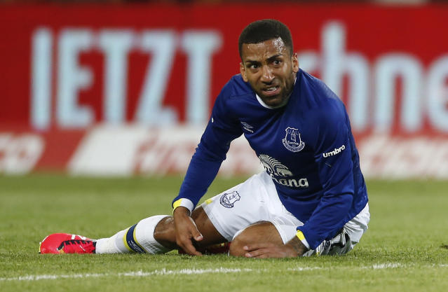 Football Soccer - Dynamo Dresden v Everton - Pre Season Friendly - Dresden Cup - DDV-Stadium, Dresden, Germany - 29/7/16 Everton's Aaron Lennon Action Images via Reuters / Hannibal Hanschke Livepic