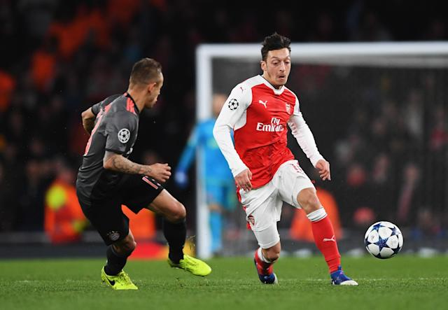 Mesut Ozil Will 'Make Decision Soon' Over Arsenal Future