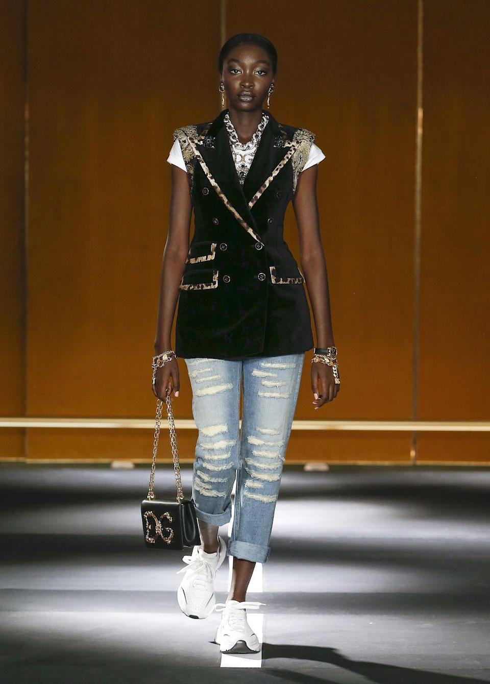 <p>Dolce And Gabbana have launched its first series of digital fashion shows on its website and social media platforms. </p><p>From November 12-13, shoppers are invited to watch a D&G 'Digital Show' before shopping the luxury fashion brand's latest collection. The shows provide 'FROW access' to shoppers, regardless of their location. </p><p>In the show, viewers will be able to see all of D&G latest designs grace the catwalk, from a mixed jacquard blazer in mustard hues and a devotion belt in lux leather to a micro-patterned wool vest with decorative buttons and a striped cotton vest with macramé flowers. This is the perfect way to see how an item moves on a model before making the decision to buy.</p>