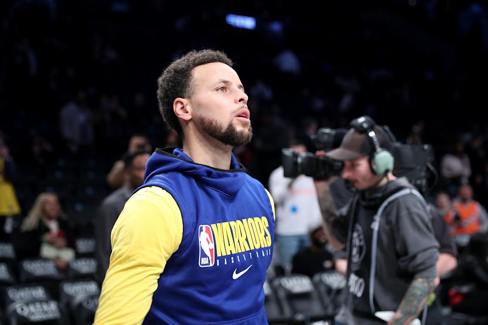 Golden State Warriors star Steph Curry isn't getting any younger. (Tayfun Coskun/Anadolu Agency via Getty Images)