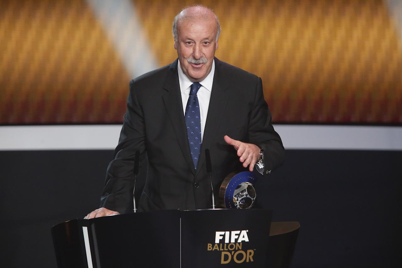 ZURICH, SWITZERLAND - JANUARY 07: Vicente del Bosque, head coach of Spain receives the FIFA World Coach of Men's Football 2012 trophy at Congress House on January 7, 2013 in Zurich, Switzerland. (Photo by Christof Koepsel/Getty Images)