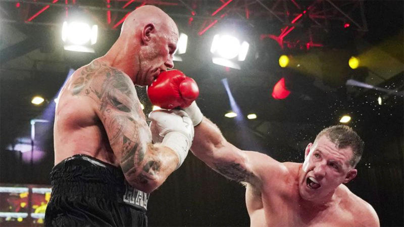 Paul Gallen wasn't happy with the judges after his fight with Barry Hall was deemed a draw. (AAP)