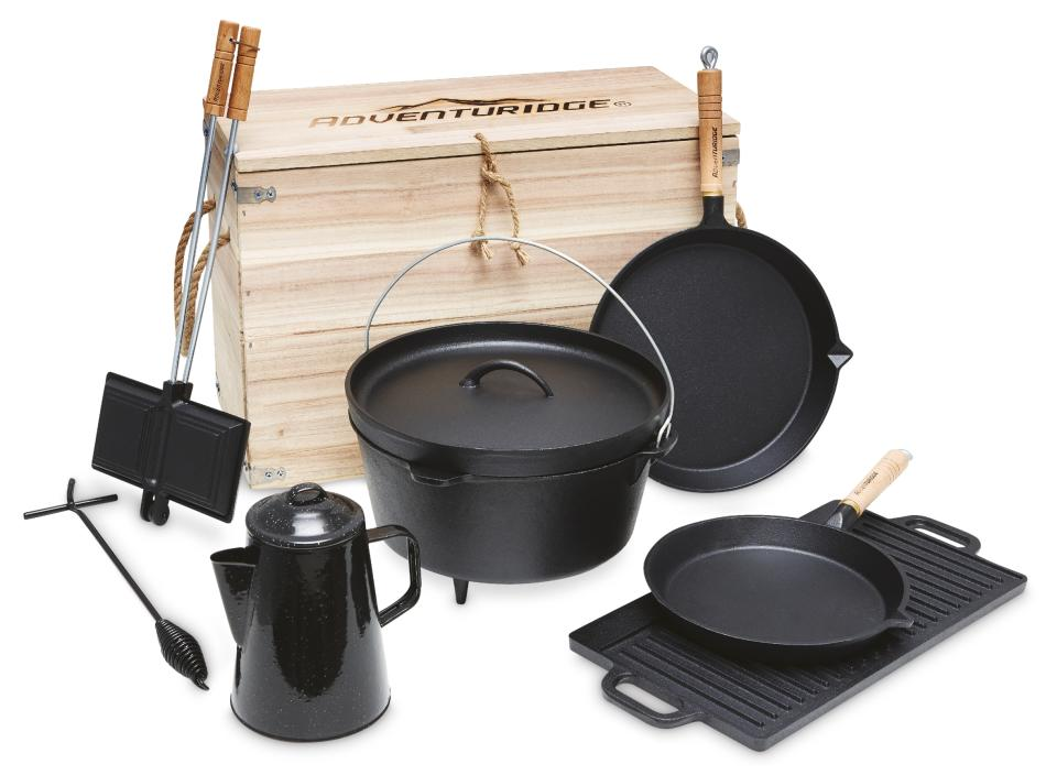 The Cast Iron Cooking Set, $99. Photo: Aldi (supplied).
