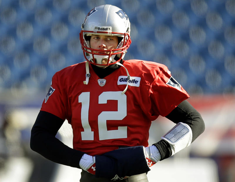 Brady, Luck have knack for late comeback wins