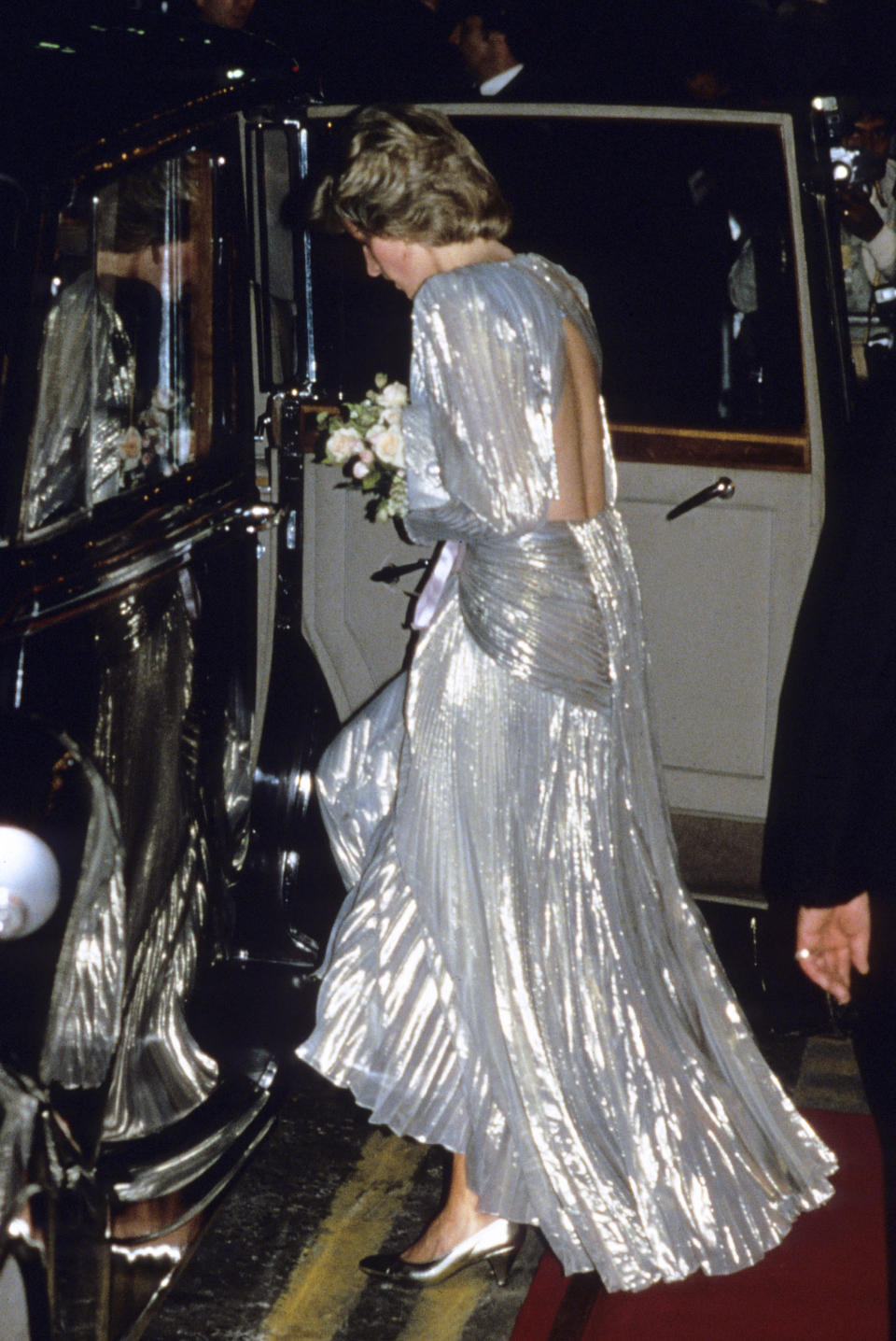 <p>The Princess chose a backless Bruce Oldfield gown back in 1985. <em>[Photo: Getty]</em> </p>