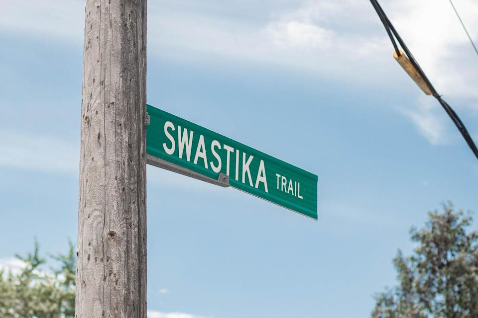 Swastika Trail received its name in the 1920s. (Photo: Sophie Smith and Evelin Molnar)