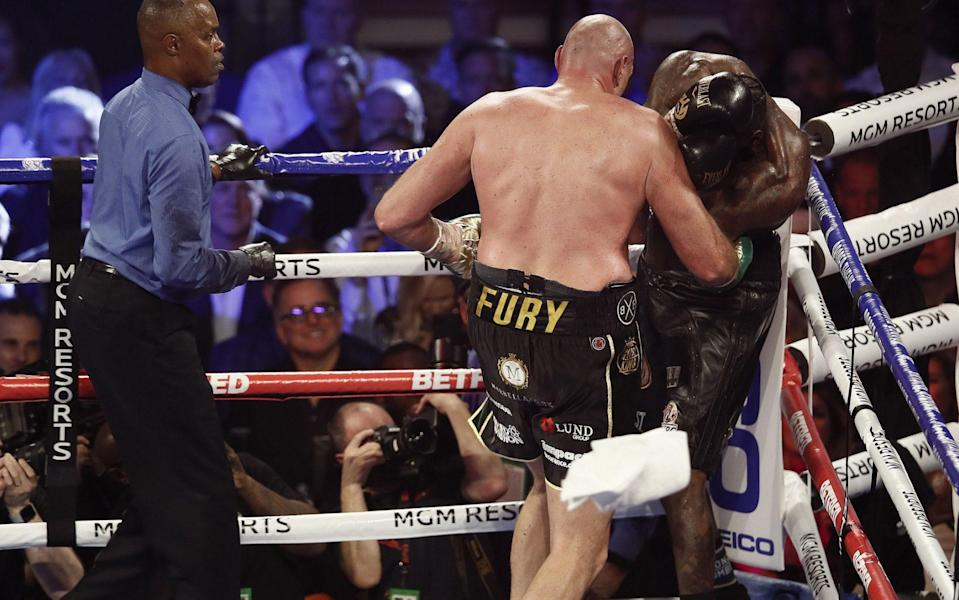 Tyson Fury,Deontay Wilder and the flying towel -Deontay Wilder's trainer deserves a bonus, not the sack – he saved his career and may have saved his life too - REX