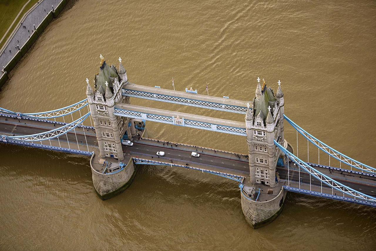 <p>Tower Bridge is a combined bascule and suspension bridge in London built between 1886 and 1894. (Photo: Jassen Todorov/Caters News) </p>