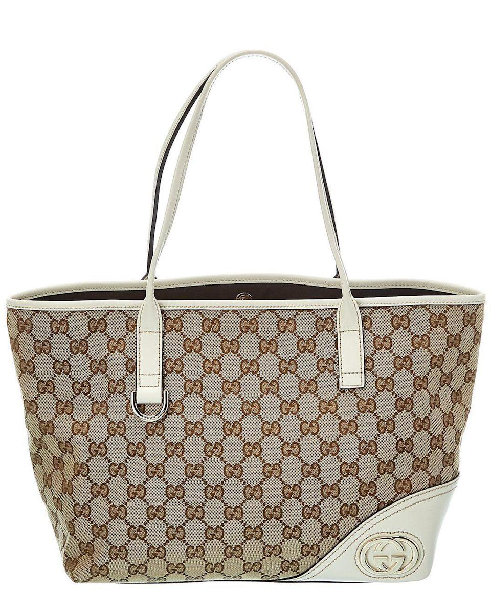 """<p><strong>Gucci</strong></p><p>gilt.com</p><p><strong>$800.00</strong></p><p><a href=""""https://go.redirectingat.com?id=74968X1596630&url=https%3A%2F%2Fwww.gilt.com%2Fboutique%2Fproduct%2F176385%2F125167982%2F%3Fpos%3D52%26dsi%3DDIR--85e253b0-7c82-4c08-a77c-5f320b0e0dcd&sref=https%3A%2F%2Fwww.cosmopolitan.com%2Fstyle-beauty%2Ffashion%2Fg35996088%2Fvintage-designer-shopping-sale-gilt%2F"""" rel=""""nofollow noopener"""" target=""""_blank"""" data-ylk=""""slk:SHOP NOW"""" class=""""link rapid-noclick-resp"""">SHOP NOW</a></p><p>Coming across a Gucci tote for less than a thousand dollars is like finding a needle in a haystack. So I'm pretty much saying that you have to take advantage of this v rare deal.</p>"""