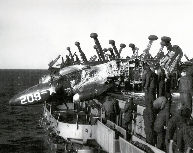 plane-crash-kw.jpg