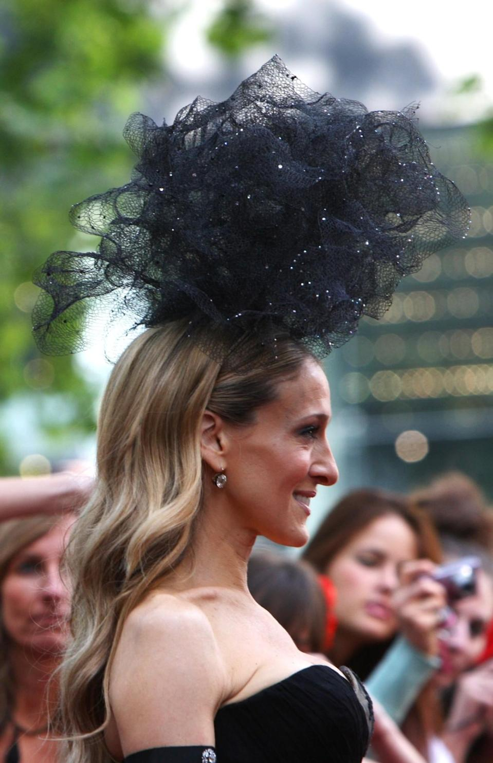 <p>This giant sparkly loofah was the perfect hair-wear for the UK premiere of 'Sex And The City 2' in May 2010. </p>