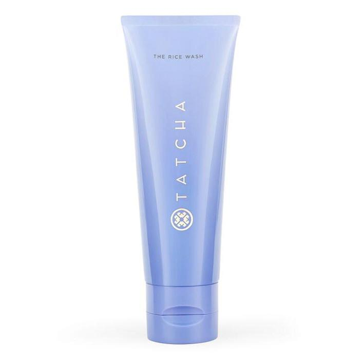 """<h2>Tatcha The Rice Wash<br></h2><br>Tatcha's face wash is all about balancing the skin with gentle ingredients like rice powder, hyaluronic acid, and Okinawan algae, making it perfect for the beauty-loving Libra. <br><br><strong>Tatcha</strong> The Rice Wash, $, available at <a href=""""https://go.skimresources.com/?id=30283X879131&url=https%3A%2F%2Ffave.co%2F33SmUjP"""" rel=""""nofollow noopener"""" target=""""_blank"""" data-ylk=""""slk:Tatcha"""" class=""""link rapid-noclick-resp"""">Tatcha</a>"""