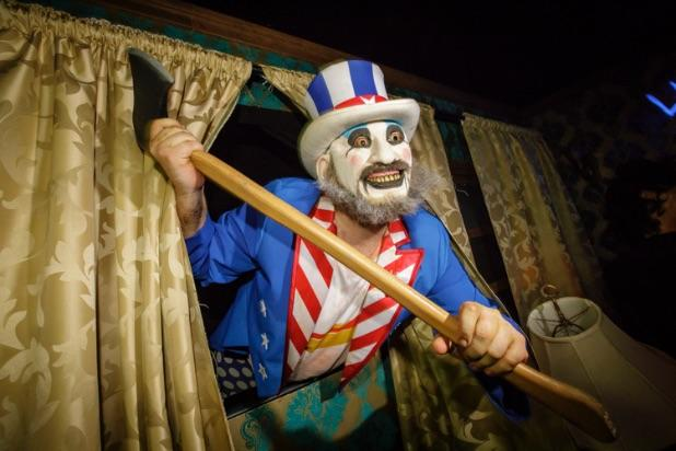 Halloween Horror Nights House of 1000 Corpses
