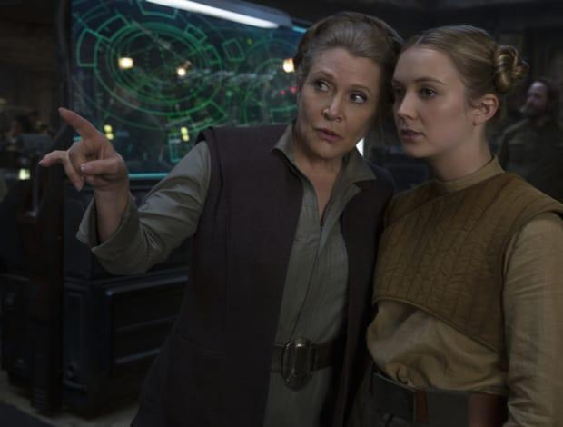 Carrie Fisher and Billie Lourd shooting <em>The Force Awakens</em>