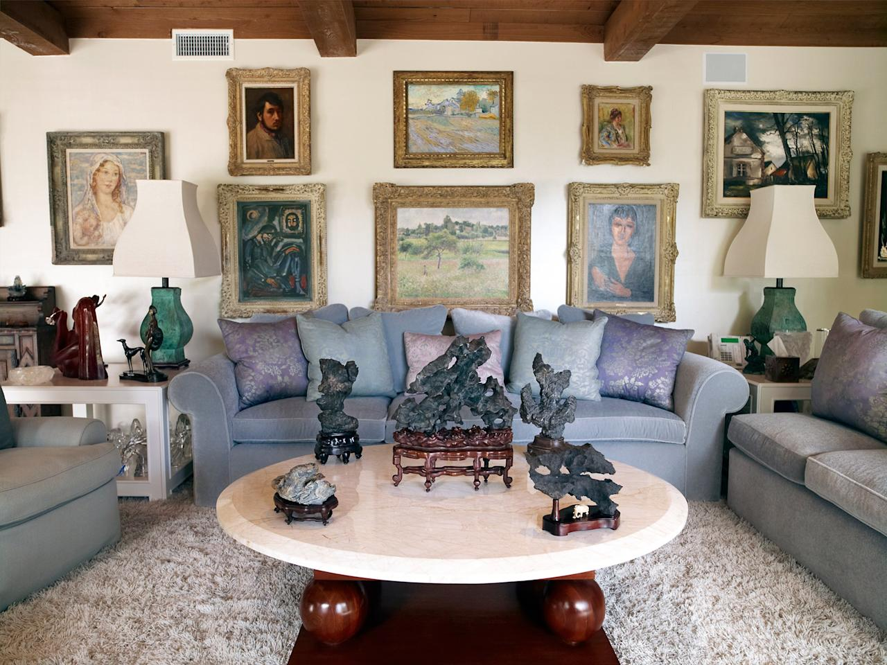 <p>An additional view of the living room with various pieces from Taylor's art collection.</p>
