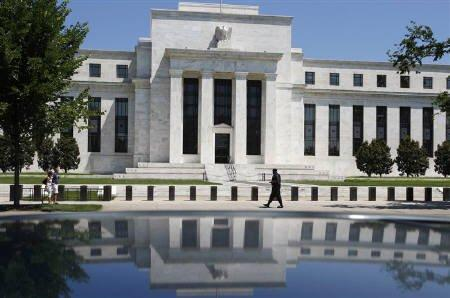 U.S. Fed's Fisher: Fed pays no attention to critics