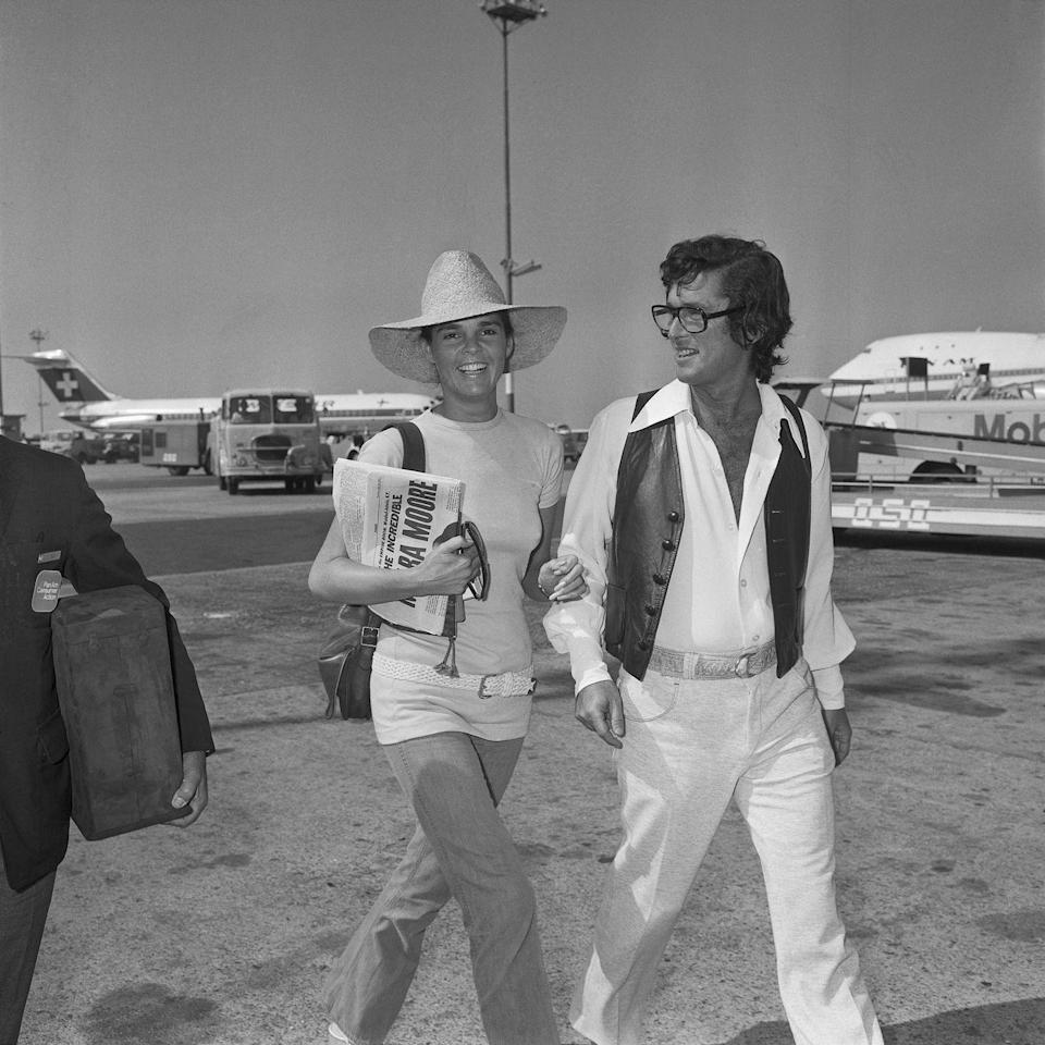 <p>Actress Ali MacGraw and husband Robert Evans cross the tarmac at a Rome airport as they depart for Nice, France in 1971.</p>