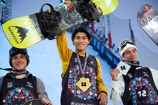(L-R) Bronze medalist Chris Corning of USA, Gold medalist Takeru Otsuka of Japan and Silver medalist Marcus Kleveland of Norway on the podium after the X Games Men's Snowboard Big Air Final in Oslo, Norway May 19, 2018. Fredrik Hagen/NTB Scanpix/via REUTERS ATTENTION EDITORS - THIS IMAGE WAS PROVIDED BY A THIRD PARTY. NORWAY OUT.