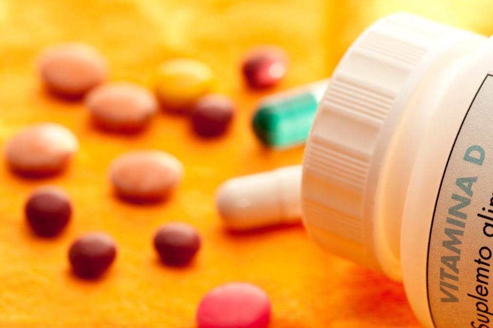 Vitamina D pill (Photo: celsopupo via Getty Images)