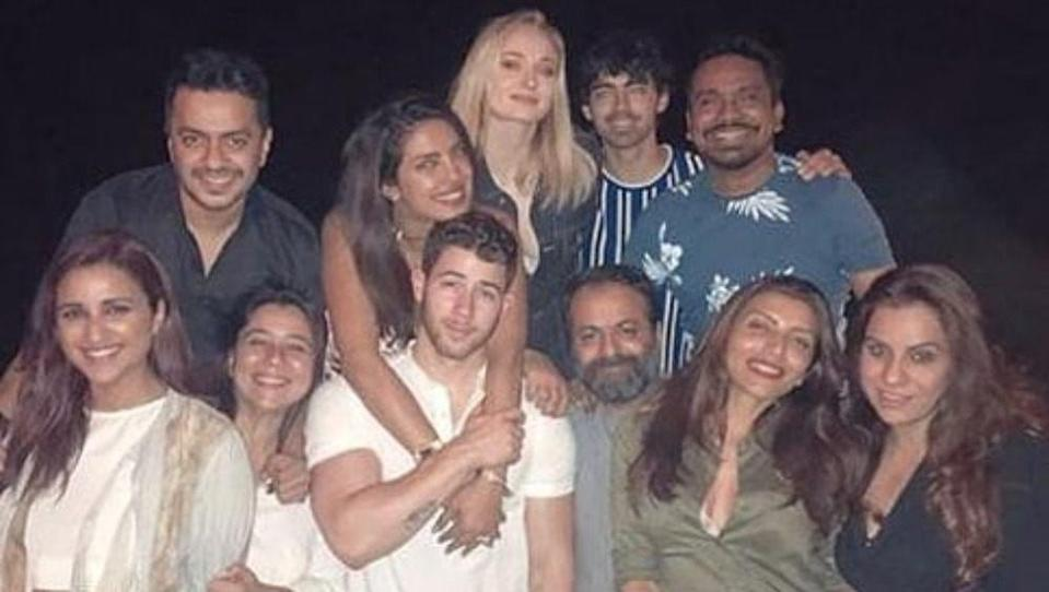 <p>Priyanka Chopra and Nick Jonas have become Hollywood and Bollywood's sweethearts with their adorable couple goals. </p>