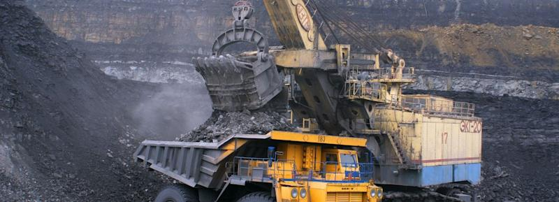These 4 Measures Indicate That Whitehaven Coal (ASX:WHC) Is