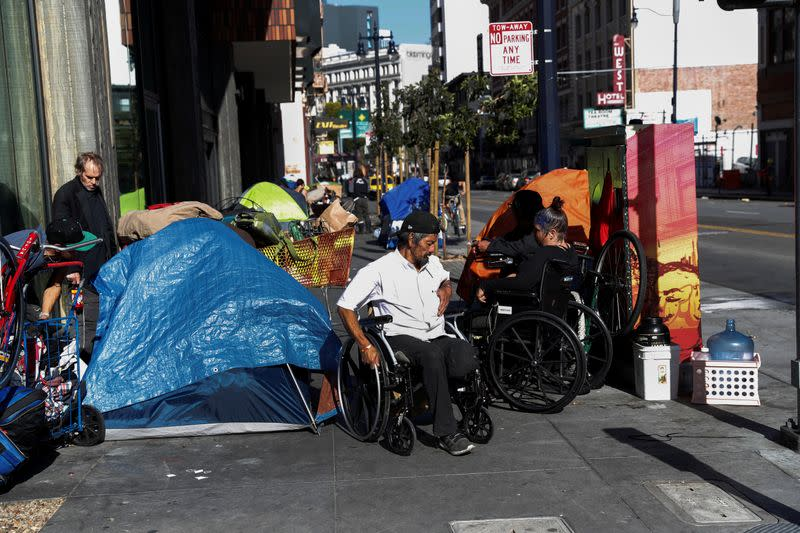 Coronavirus forces San Francisco to put homeless into hotels