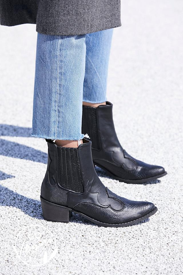 "<p>These Western-inspired <a href=""https://www.popsugar.com/buy/Matisse-Vegan-Cavalier-Boots-486674?p_name=Matisse%20Vegan%20Cavalier%20Boots&retailer=freepeople.com&pid=486674&price=90&evar1=fab%3Aus&evar9=46602854&evar98=https%3A%2F%2Fwww.popsugar.com%2Ffashion%2Fphoto-gallery%2F46602854%2Fimage%2F46603199%2FMatisse-Vegan-Cavalier-Boots&list1=shopping%2Cfall%20fashion%2Cshoes%2Cboots%2Cfall%20trends%2Cfall%20shoes&prop13=mobile&pdata=1"" rel=""nofollow"" data-shoppable-link=""1"" target=""_blank"" class=""ga-track"" data-ga-category=""Related"" data-ga-label=""https://www.freepeople.com/shop/vegan-cavalier-boot/?category=boots&amp;color=001&amp;quantity=1&amp;type=REGULAR"" data-ga-action=""In-Line Links"">Matisse Vegan Cavalier Boots</a> ($90) are at the top of our wish list.</p>"
