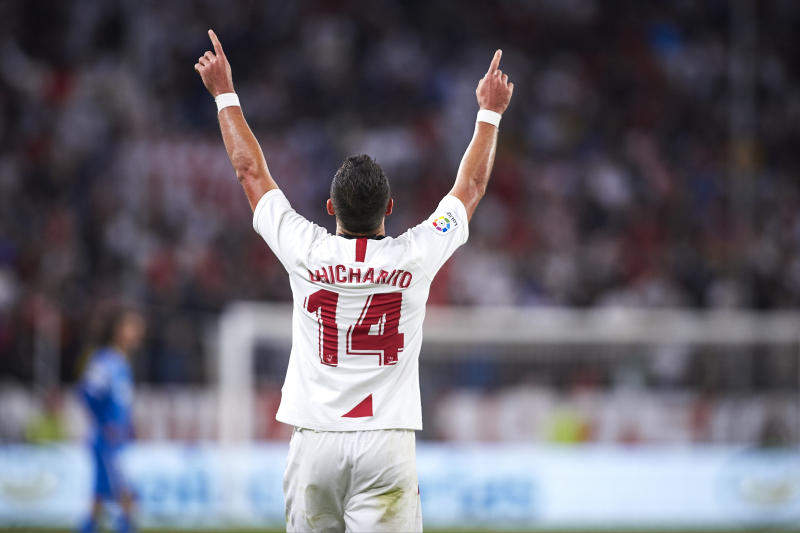 SEVILLE, SPAIN - OCTOBER 27: Javier Hernandez Chicharito of Sevilla FC celebrates scoring his team's opening goal during the Liga match between Sevilla FC and Getafe CF at Estadio Ramon Sanchez Pizjuan on October 27, 2019 in Seville, Spain. (Photo by Quality Sport Images/Getty Images)